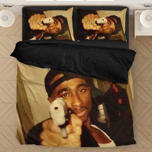 Thug 2pac Shakur Makaveli Pointing Gun Picture Bedding Set